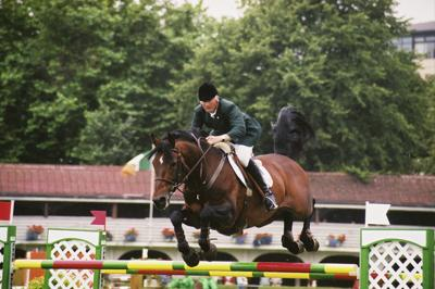 RDS Dublin Horse Show 2000, Robert Splaine on Coolcoran Cool Diamond for Ireland