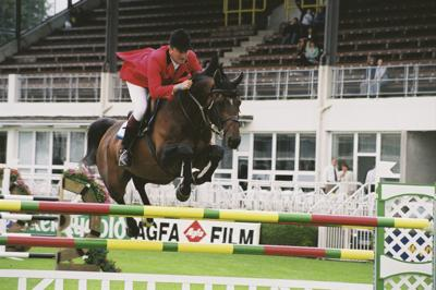 RDS Dublin Horse Show 2000, Robert Smith on Senator Galoubet du Ronett for Great Britain